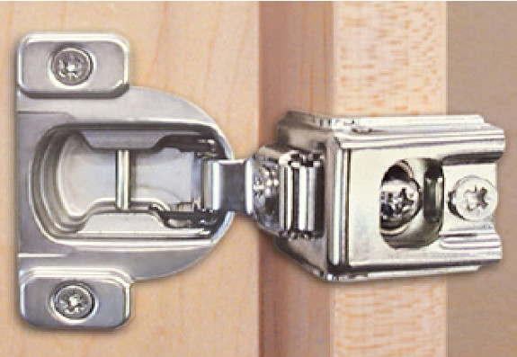 Como cambiar la cerradura y bisagras de un armario f cil - Bisagras para armarios ...