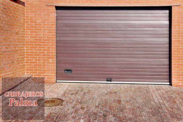 Puertas autom ticas de garaje beneficios y consejos for Puertas automaticas garaje